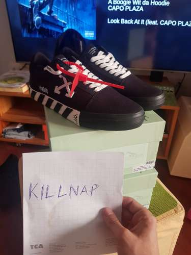 WTS off White Vulc Low Black (Updated Stripes)